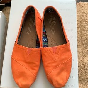 Orange Toms green Condition!